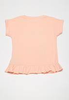 name it - Erlise top - peach