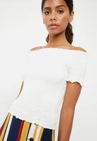 Jacqueline de Yong - Cissel smock top - white