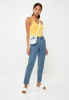 Jacqueline de Yong - Ava bodysuit - yellow