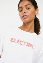 Superbalist - Electric graphic tee - white