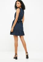 Jacqueline de Yong - Damilla dress - navy