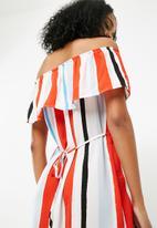 Jacqueline de Yong - Darla off shoulder dress - multi