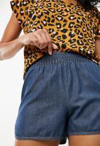 Jacqueline de Yong - Legend woven shorts - blue