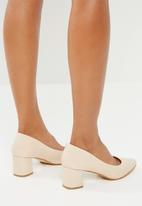 Superbalist - Selina mid heel - beige