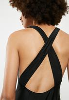 Superbalist - Highneck cross back one piece - black