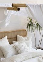 Linen House - Mickael duvet cover set - white