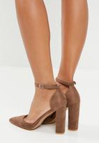 Superbalist - Jackie block heel with strap - taupe