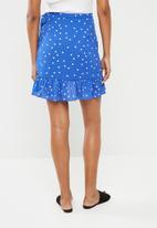 ONLY - Rubbi wrap skirt - blue & white