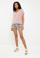 ONLY - Nova lux woven shorts - multi