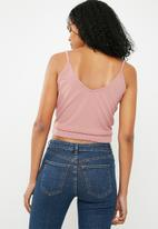 Superbalist - Knit cross over cami - pink