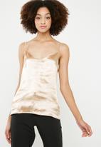 Vero Moda - Neda singlet - gold