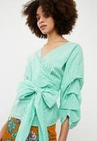 ONLY - Nicole wrap top - white & green