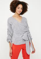 ONLY - Nicole wrap top - navy & white