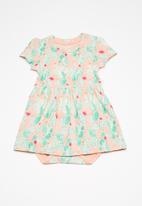 name it - Deagne short sleeve body dress - multi