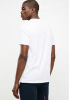 Superbalist - Short sleeve henley tee - 2 pack