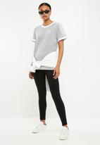 adidas Originals - 3 stripes tee - grey