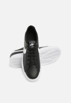 Nike - Court Royale AC - black