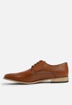 Superbalist - Barry formal derby shoe - tan