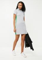 Superbalist - Rib tee dress with zip detail - grey & green