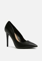 Call It Spring - Mykel court heel  - black