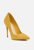 ALDO - Cassedy suede court heel - mustard