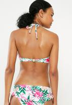 New Look - Tropical underwire frill bikini top- white & pink