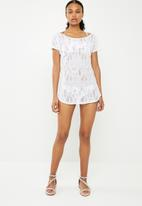Sissy Boy - Crochet cover up - white