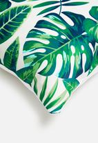 Grey Gardens - Caicos velvet cushion cover - green