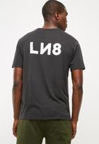 Levi's® - L8 printed tee - black