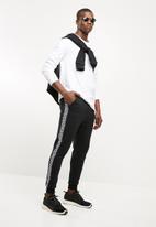 Superbalist - Slim taped sweat pants - black & white