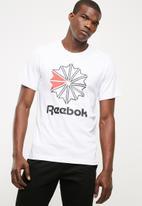 Reebok Classic - Foundation graphic tee - white