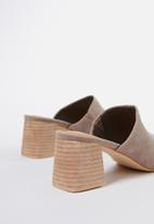 Cotton On - Madrid mule heel - taupe micro
