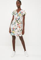 Superbalist - Floral wrap dress - multi