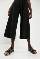 Superbalist - Wide leg knit culotte - black