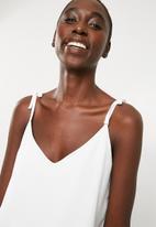Superbalist - Tie shoulder cami top - white