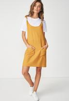 Cotton On - Woven summer utility pinafore dress - yellow