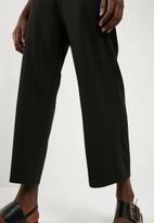 Superbalist - Knit sailor front culotte - black