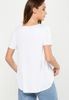 Cotton On - Amy summer short sleeve top - white