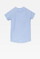 Cotton On - Ella short sleeve rash vest - blue & pink