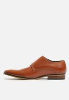 Superbalist - Greg leather formal shoe - tan