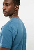 RVCA - Big RVCA T-shirt - blue