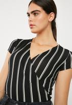 Superbalist - Knit combo bodysuit - black stripe