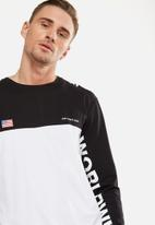 Cotton On - Tbar long sleeve tee - white & black