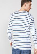 Cotton On - Tbar long sleeve tee - white & navy