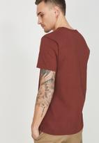 Cotton On - Tbar short sleeve tee - maroon