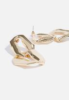 Superbalist - Keisha statement earrings - gold