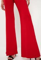Missguided - Plunge kimono sleeve jumpsuit - red