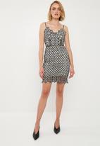 Missguided - Crochet strappy mini dress - black & white