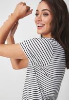 Cotton On - Karly summer short sleeve v neck top - black & white