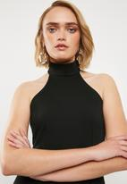 Missguided - High neck maxi dress - black
